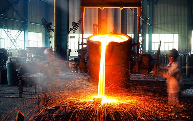 INSG: дефицит на рынке никеля увеличился в октябре