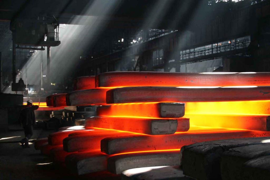 Металлурги РФ нарастили производство готового проката на 3,3%
