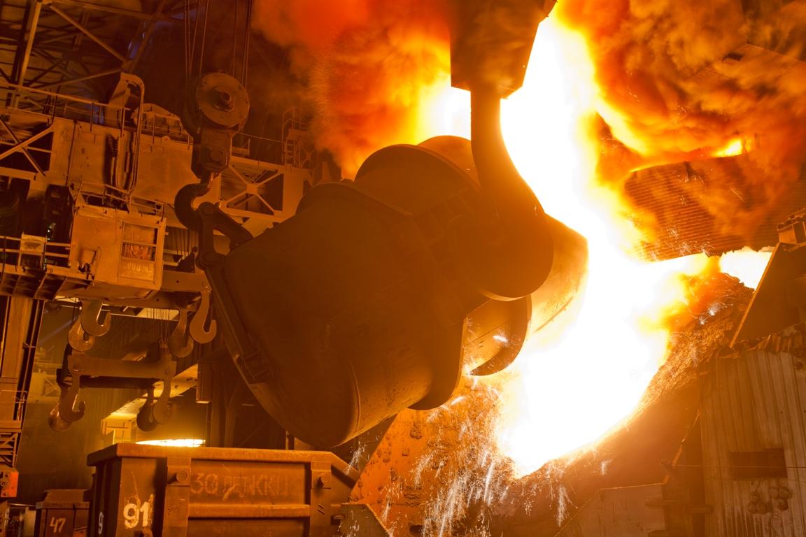 Недельное производство стали в США к прошлому году выросло на 7,6%